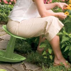 Gifts for Gardeners: Garden Rocker Seat